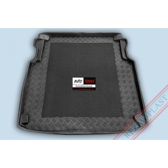 MERCEDES W211 E-KLASA 02- Méretpontos csomagtértálca