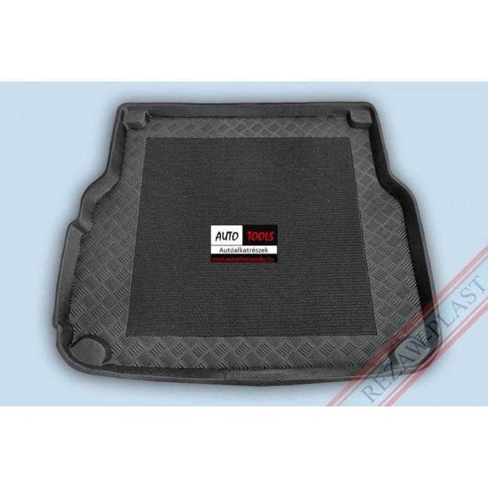 MERCEDES W204C-KLASA T-MOD / KOMB 07- Méretpontos csomagtértálca