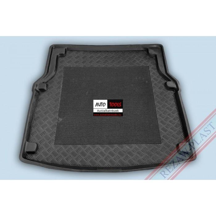MERCEDES W218 CLS-KLASA 11- Méretpontos csomagtértálca